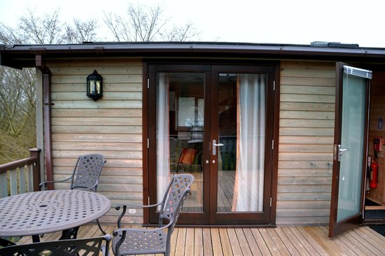 Lindale Holiday Park: The Lodge