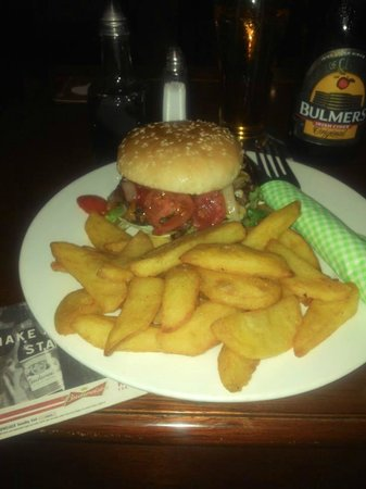 Murphy's Kilkenny Artisan Pizza Company: Homemade Gourmet burgers and chips- Now served on floury blas!!!!