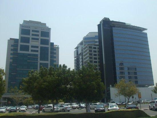 Samaya Hotel - Deira: Outside view - next to Hilton Hotel