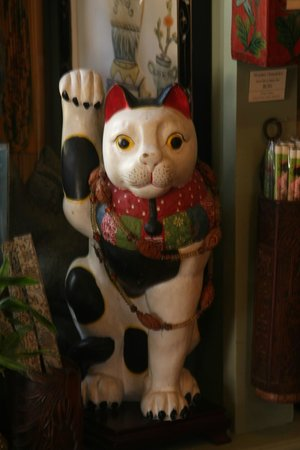 Old Town Trolley Tours of San Diego: A really cool Luck Cat in a store in Old Town
