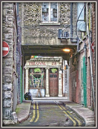 The Oval Bar: The facade from an alleyway leading onto Middle Abbey St.