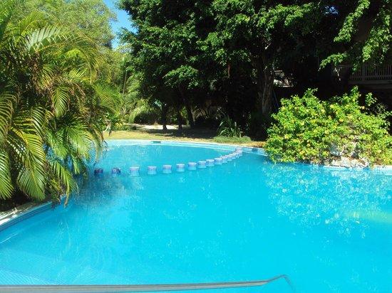 Fantasy Island Beach Resort: Piscina