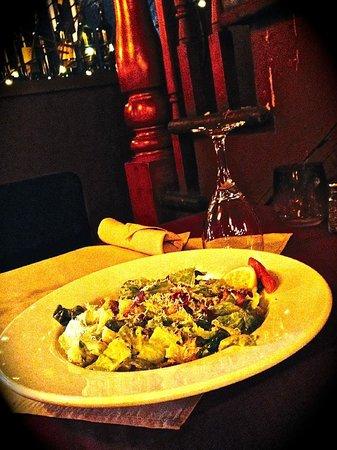 Tomavinos Pizzeria: House Caesar Salad