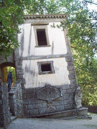 Parco dei Mostri : Casa Pendente