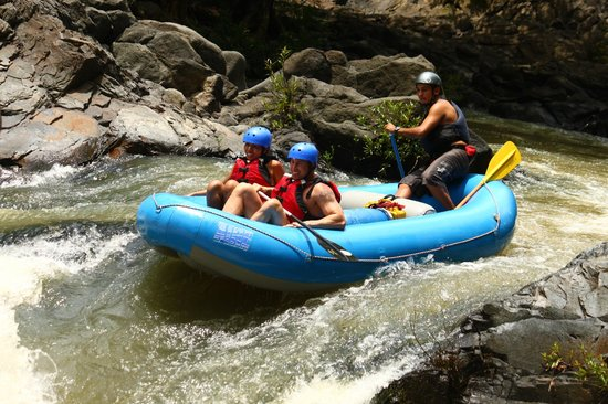 Issys Tours Costa Rica: rafting