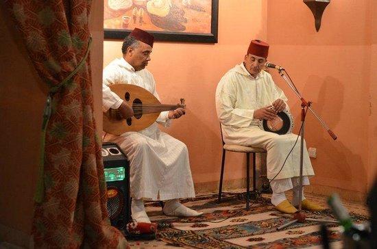 Les Borjs de la Kasbah restaurant: Entertainment