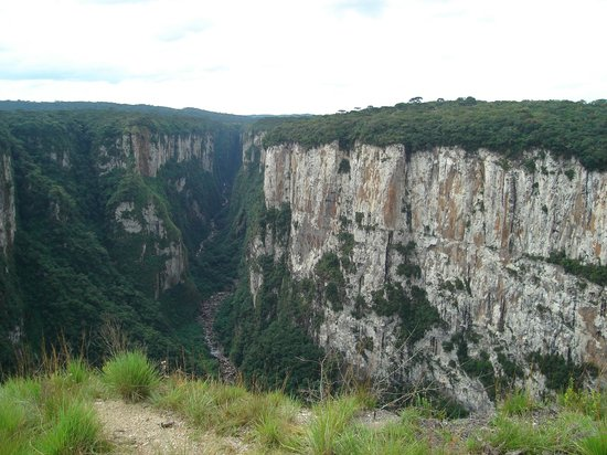 Itaimbezinho Canyon: Paredões