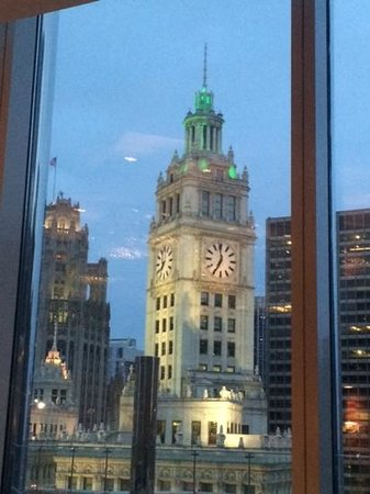 Sixteen: Wrigley Building view from the dining room
