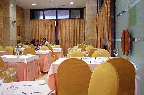 Hostal Restaurante Renfe