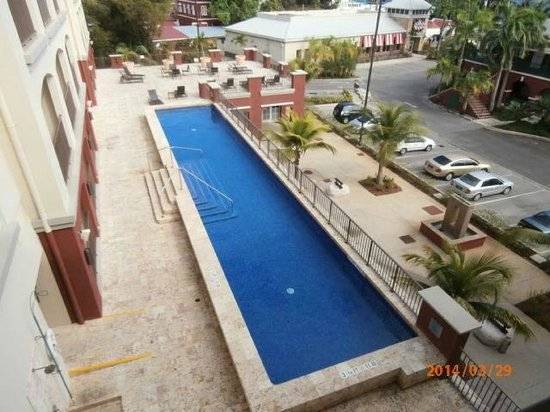 Courtyard by Marriott Bridgetown, Barbados: See pool from balcony
