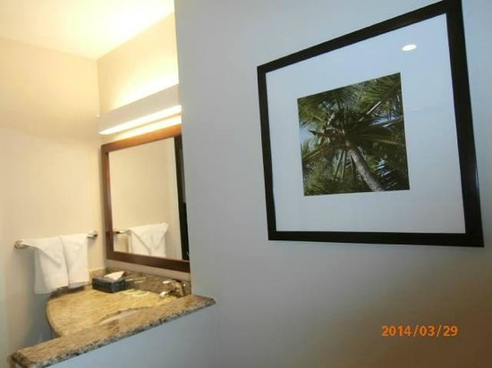 Courtyard by Marriott Bridgetown, Barbados : Bathroom