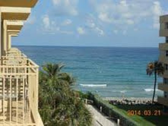 Embassy Suites by Hilton Deerfield Beach - Resort & Spa: view from the 7th floor