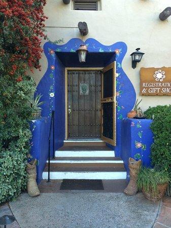 Hacienda Del Sol Guest Ranch Resort : Hotel Reception Entrance