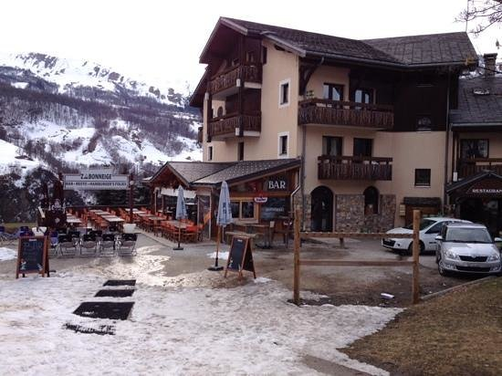 Alp Hotel : Terrasse ensoleilée