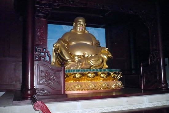 Ghost City of Fengdu : Gold Budha on Fengdu