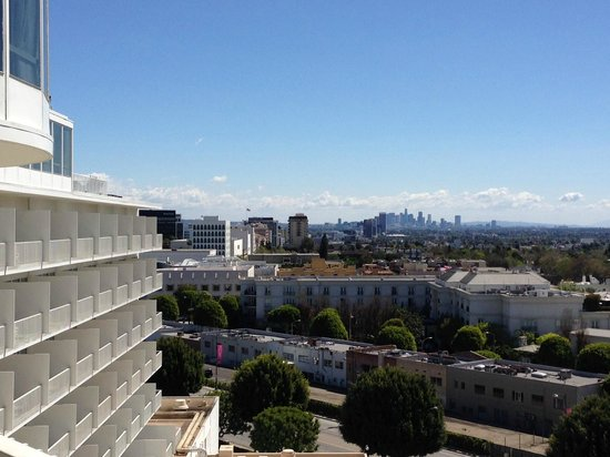 The Beverly Hilton: View of downtown LA from our room