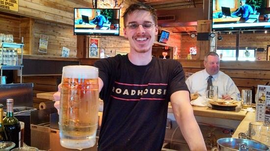 Logan's Roadhouse: the bar area