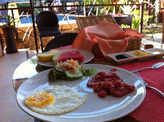 Palms Cove Bohol: ローカルジャムがおいしい。アメリカンスタイルの朝食。