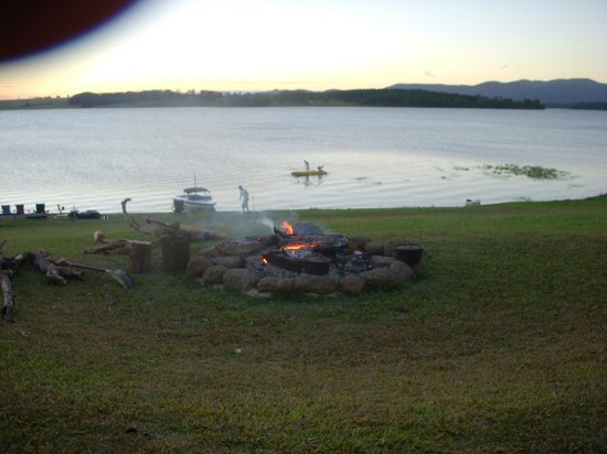 The Edge - Lake Tinaroo: Fire Pit