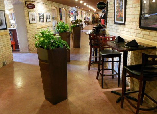 The Village at Grand Traverse Commons : Interior Corridor - another restaurant's add'l seating