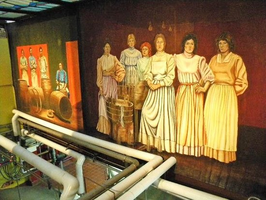 D.G. Yuengling and Son Brewery: mural-women workers