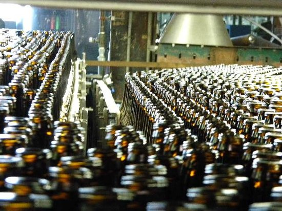 D.G. Yuengling and Son Brewery: bottles, bottles, bottles to be filled