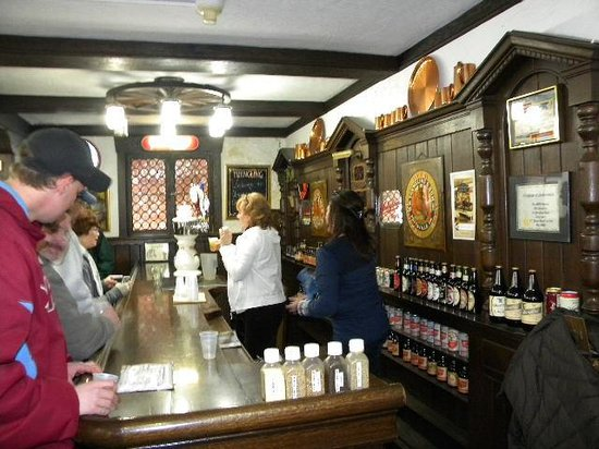 D.G. Yuengling and Son Brewery: to the bar for tasting