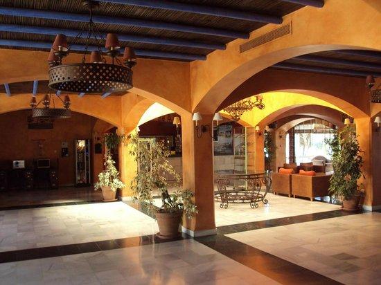 VIME La Reserva de Marbella : Hall y recepción.