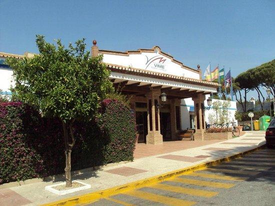 VIME La Reserva de Marbella : Entrada a la zona de recepción.