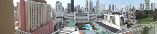 Hilton Garden Inn Panama: panorama view from the rooftop