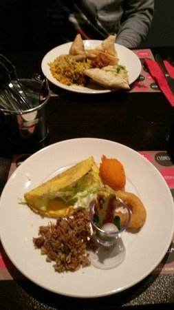 Red Hot World Buffet and Bar: A mixture combination of food!