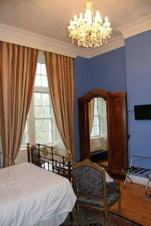 Kinnitty Castle Hotel: Slieve Bloom Room