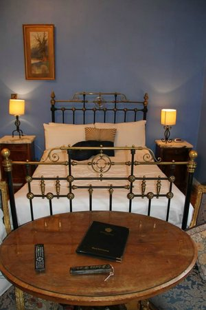 Kinnitty Castle Hotel : Slieve Bloom Room