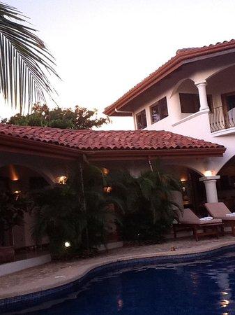 Los Altos de Eros: the poolside