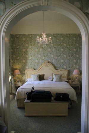 Dromoland Castle Hotel : Queen Anne Suite