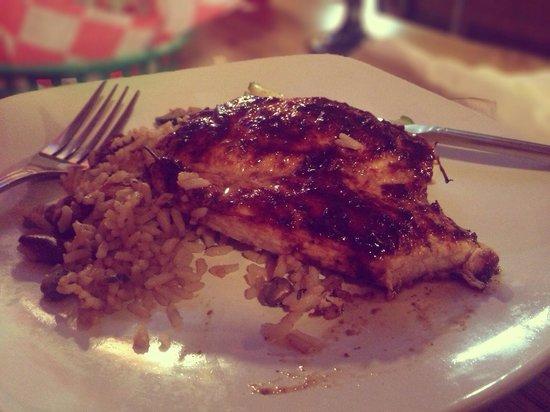 Banana Cabana Caribbean Grill: Jerk chicken!