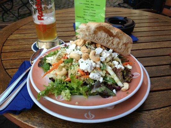 Restaurant brennNessel: great bulgur salad