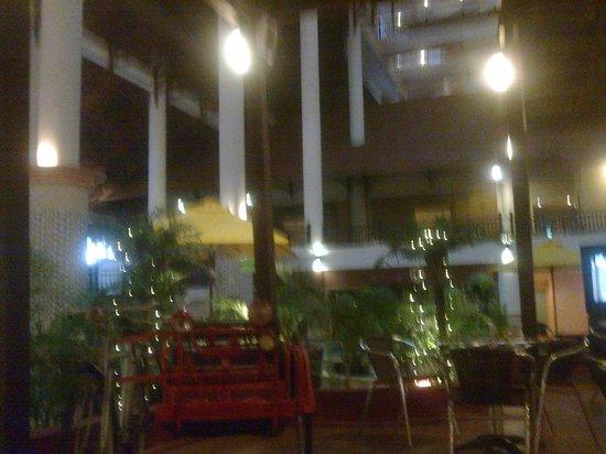 Resorts World Kijal: main lobby awana