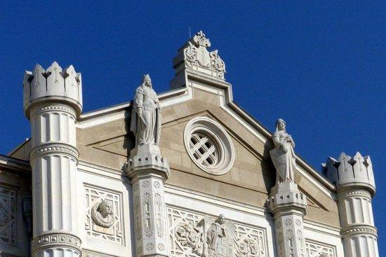 Vigado Square (Vigado ter): Facade of Vigado Concert Hall