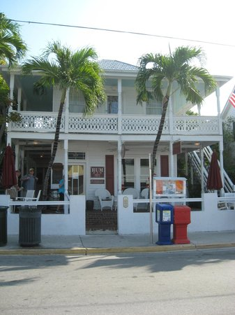 Speakeasy Inn: Front