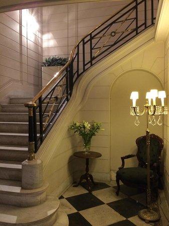 Lastarria Boutique Hotel: escaleras