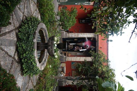San Jacinto Plaza : Lindas casonas alrededor de plaza san jacinto
