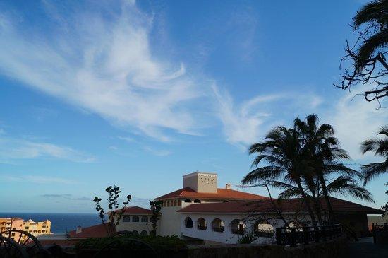 Sandos Finisterra Los Cabos : Vista desde afuera del restaurante Don Diego