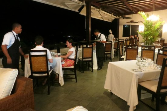 La Luna Restaurant at Gaia Hotel & Reserve: Dinner