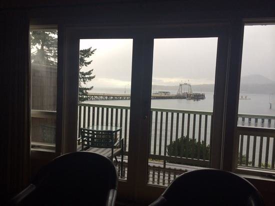 Galiano Oceanfront Inn and Spa: View from room of Sturdies Bay