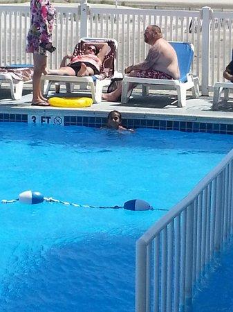 Acacia Beachfront Resort: the acacia pool