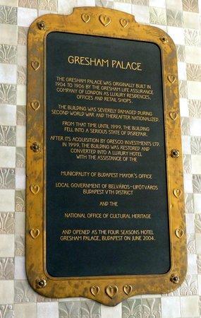 Four Seasons Hotel Gresham Palace: Gresham Palace history at Four Seasons