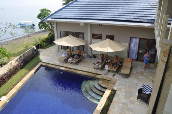 The Lovina: 4 Bed Villa pool
