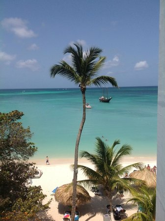 Holiday Inn Resort Aruba - Beach Resort & Casino: When this is outside your door - you do not need to fret about the room ...