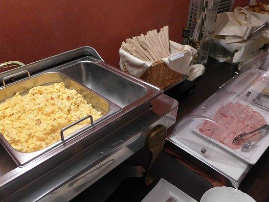 Comtur Hotel : 朝食-1
